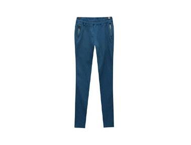 deyn slim pants <br>ディーンスリムパンツ<br>保温性も良いです楽なフィット〜 <br>