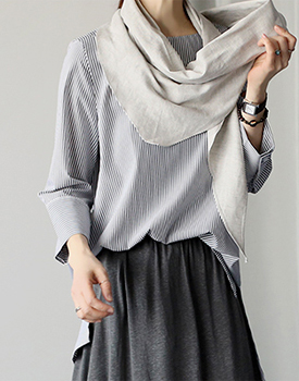 Boat-neck stripe blouse - 2c