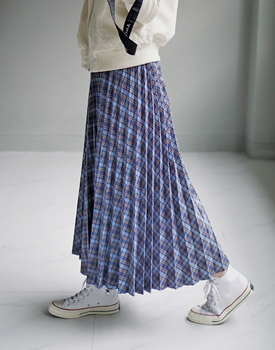 Base check skirt