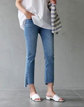 Corner cutting jean