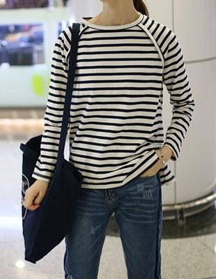 saint raglan sleeve stripe t-shirt