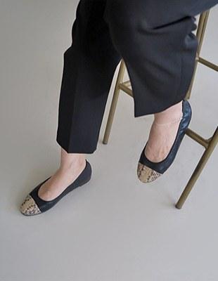 Pierre handmade flat shoes