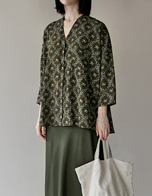 Branche print blouse
