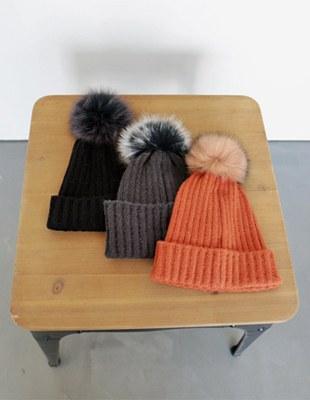 Pony Fox drop hat - 3c