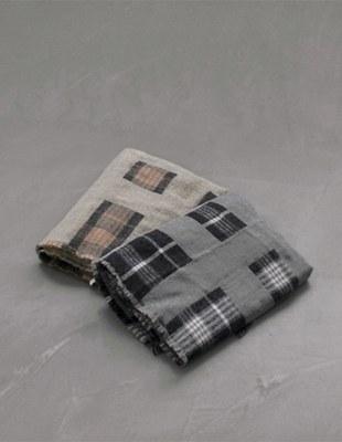Square Check muffler - 2c