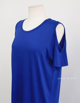 Shoulder hole tee