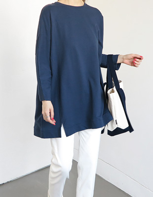 Cherry embroidery long Tee - 2c