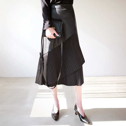 pleats leather - sk