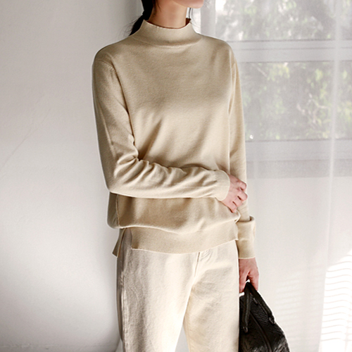 half neck soft knit